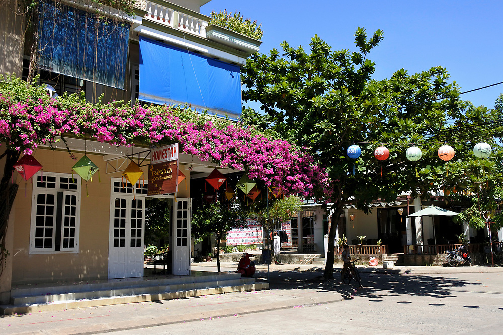Home Stya in Hoi Ann with colourful flowers and lanterns outisde
