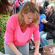 NLD/Amsterdam/20130701 - Keti Koti Ontbijt 2013 op het Leidse Plein, Barbara van Beukering
