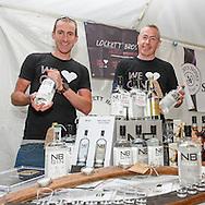 Chris Lockett (left) with Graham Kinniburgh display NB Gin.