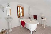 Vintage Bathroom 595