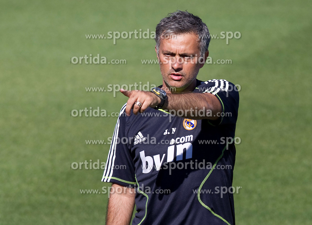 16.07.2010, Real Madrid Soccer City, Madrid, ESP, Real Madrid Training, im Bild Jose Mourinho, Trainer Real Madrid, EXPA Pictures © 2010, PhotoCredit: EXPA/ Alterphotos/ ALFAQUI/ Cesar Cebolla / SPORTIDA PHOTO AGENCY