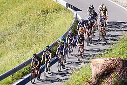 11.06.2017, Lienz, AUT, Dolomitenradrundfahrt, SuperGiroDolomiti 2017, im Bild übersicht auf die Verfolger Anstieg zum Lanzenpass. EXPA Pictures © 2017, PhotoCredit: EXPA/ Johann Groder