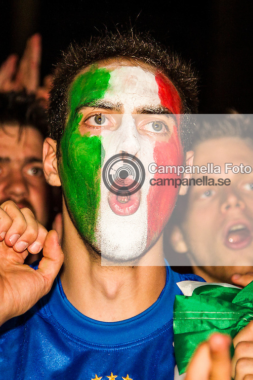 Vicenza 2012-06-29:<br /> <br /> An Italian fan reacts durring Italy's semi-final match against Germany in the 2012 UEFA Euro competition.<br /> <br /> (Photo: Michael Campanella / Pic-Agency)