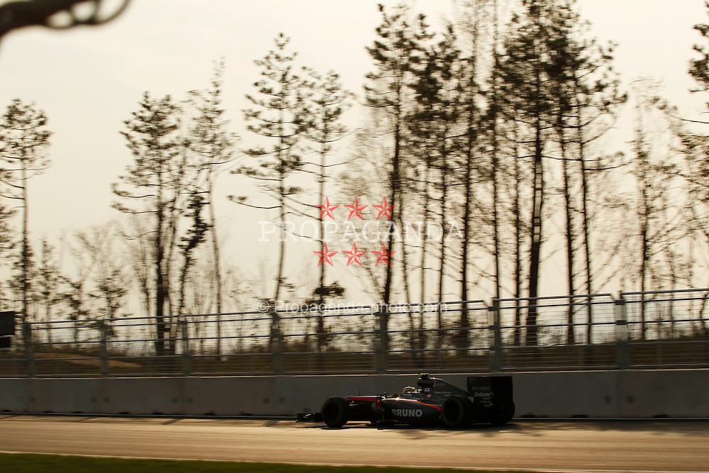 Motorsports / Formula 1: World Championship 2010, GP of Korea, 21 Bruno Senna (BRA, HRT F1 Team),
