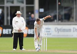 David Payne of Gloucestershire - Mandatory byline: Dougie Allward/JMP - 07966386802 - 24/09/2015 - Cricket - County Ground -Bristol,England - Gloucestershire CCC v Glamorgan CCC - LV=County Championship - Division Two - Day Three