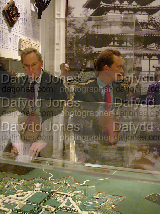 The Duke of Gloucester and Simon Thurley looking at model of Fort William, Calcutta, India. , V & A and Riba open Architecture Gallery and study rooms. V. & A. South Kensington, London. 16 November 2004. ONE TIME USE ONLY - DO NOT ARCHIVE  © Copyright Photograph by Dafydd Jones 66 Stockwell Park Rd. London SW9 0DA Tel 020 7733 0108 www.dafjones.com