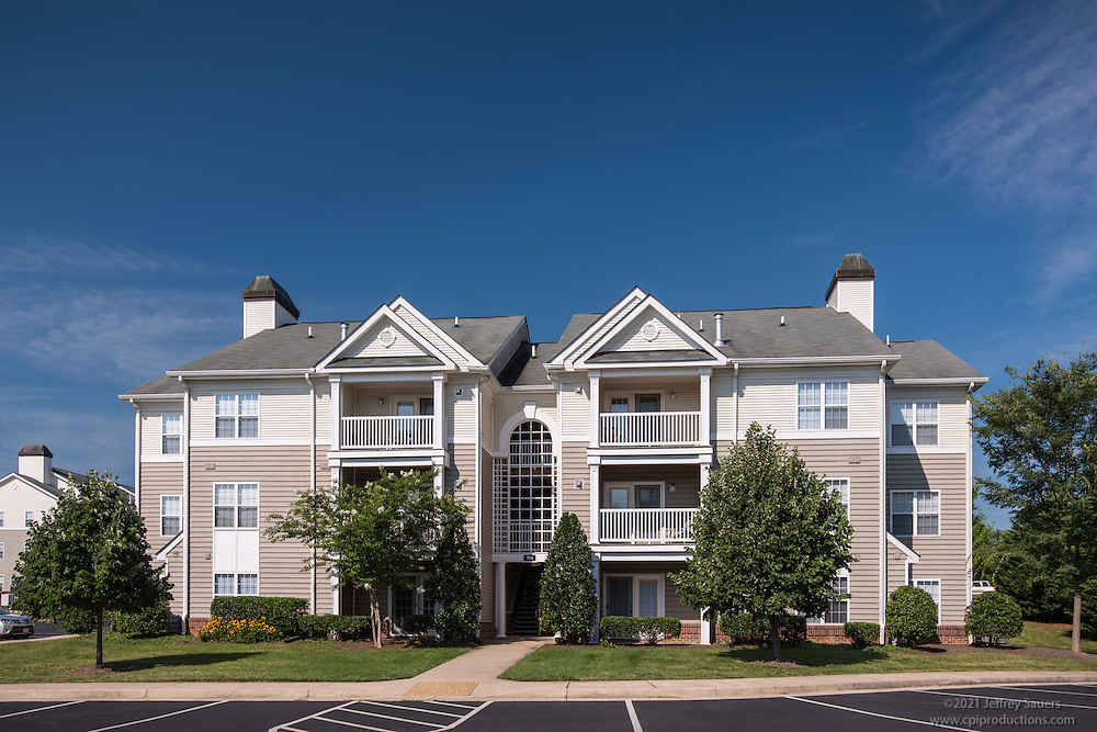 Architectural image of Stuart Hill Apartments in Winchester Virginia by Jeffrey Sauers of Commercial Photographics, Architectural Photo Artistry in Washington DC, Virginia to Florida and PA to New England