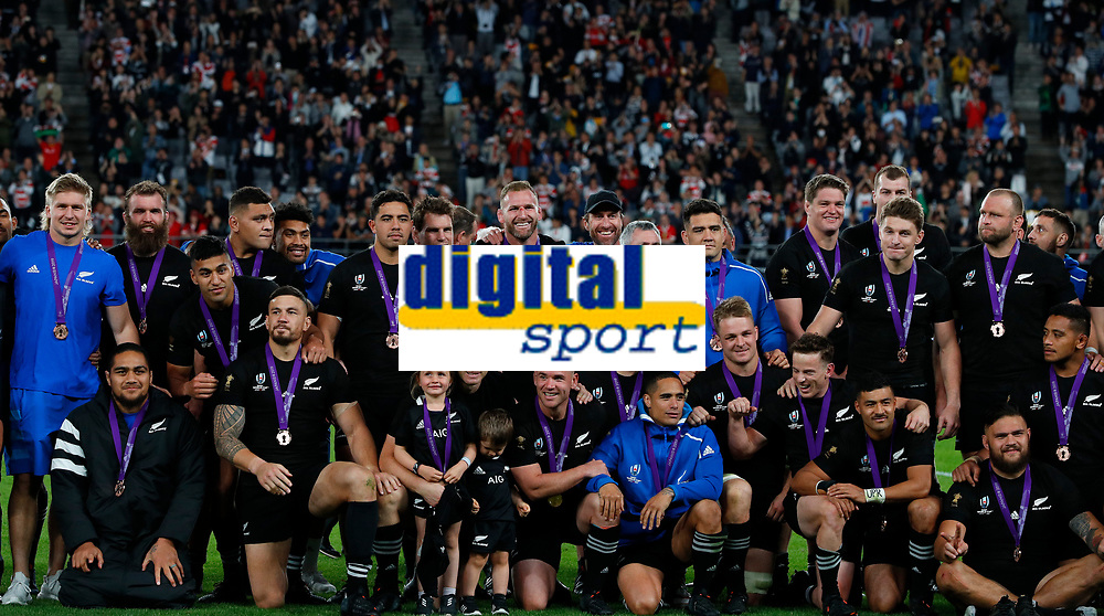 Rugby Union - 2019 Rugby World Cup - Bronze Final (Third Place Play-Off): Wales vs. France<br /> <br /> Team group New Zealand at Tokyo Stadium, Tokyo.<br /> <br /> COLORSPORT/LYNNE CAMERON