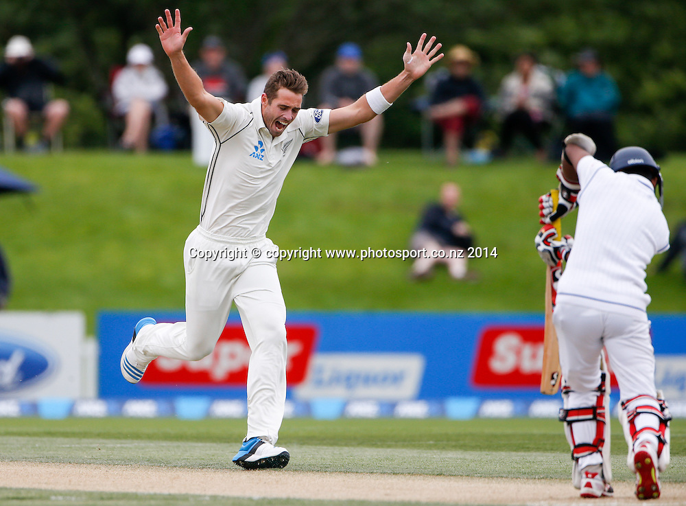 Tim Southee celebrates the wicket of Kaushi Silva. Day 3, ANZ Boxing Day Cricket Test, New Zealand Black Caps v Sri Lanka, 28 December 2014, Hagley Oval, Christchurch, New Zealand. Photo: John Cowpland / www.photosport.co.nz