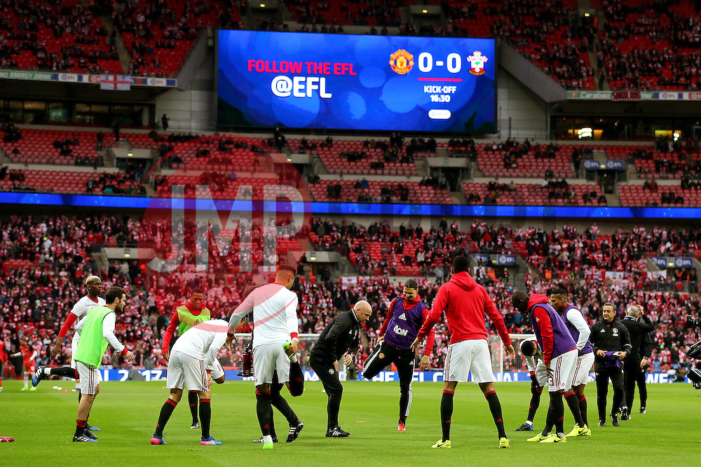 Manchester United players warm up - Mandatory by-line: Matt McNulty/JMP - 26/02/2017 - FOOTBALL - Wembley Stadium - London, England - Manchester United v Southampton - EFL Cup Final