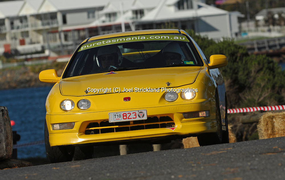 #823 - John Potter & Allison Young - 2000 Honda Integra Type R.Prologue.George Town.Targa Tasmania 2010.27th of April 2010.(C) Joel Strickland Photographics.Use information: This image is intended for Editorial use only (e.g. news or commentary, print or electronic). Any commercial or promotional use requires additional clearance.