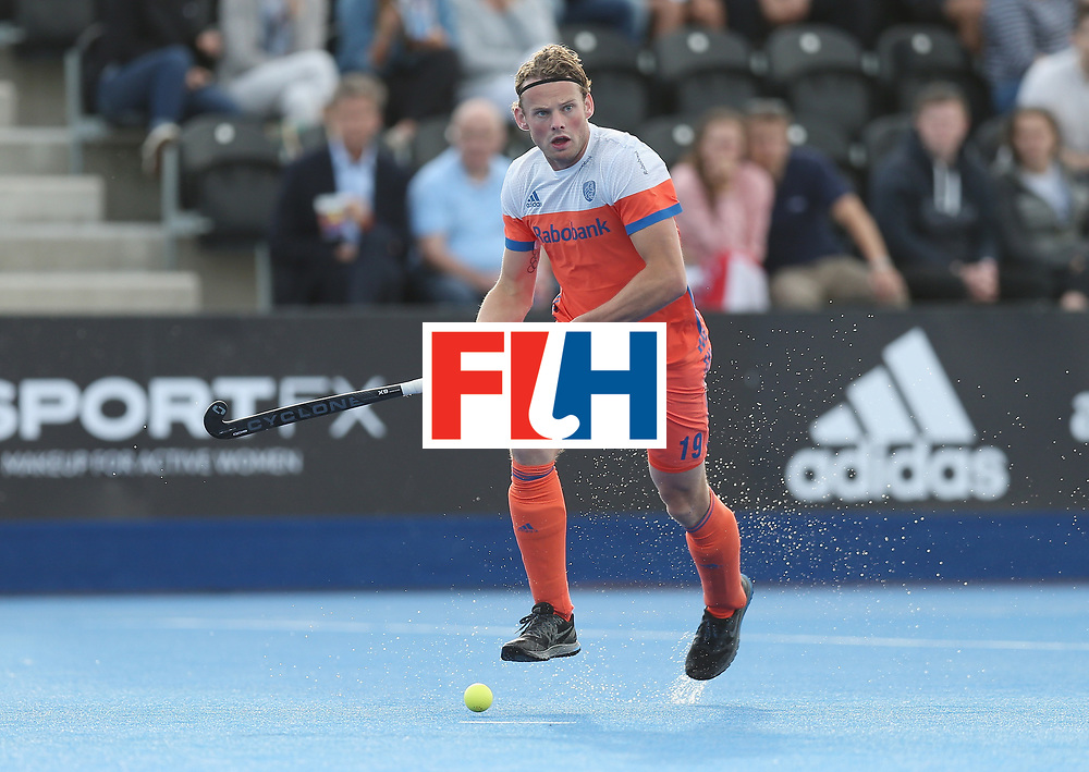 LONDON, ENGLAND - JUNE 15:  Bob de Voogd of the Netherlands during the Hero Hockey World League Semi Final match between Netherlands and Pakistan at Lee Valley Hockey and Tennis Centre on June 15, 2017 in London, England.  (Photo by Alex Morton/Getty Images)