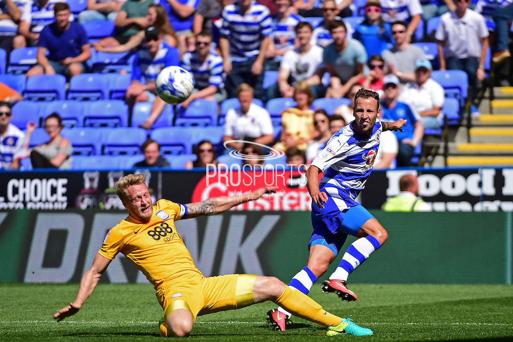 Reading forward Roy Beerens (7) during the EFL Sky Bet Championship match between Reading and Preston North End at the Madejski Stadium, Reading, England on 6 August 2016. Photo by Jon Bromley.