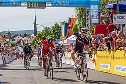 Radsport: 36. Bayern Rundfahrt 2015 / 3. Etappe, Selb - Ebern, 15.05.2015<br /> Cycling: 36th Tour of Bavaria 2015 / Stage 3, <br /> Selb - Ebern, 15.05.2015<br /> Ziel - Arrival, # 22 Bouhanni, Nacer (FRA, Team COFIDIS, SOLUTIONS CREDITS), winner # 113 Bennett, Sam (IRL, Team BORA-ARGON 18)