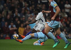 Victor Moses of Chelsea (L) has a shot at goal - Mandatory by-line: Jack Phillips/JMP - 19/04/2018 - FOOTBALL - Turf Moor - Burnley, England - Burnley v Chelsea - English Premier League