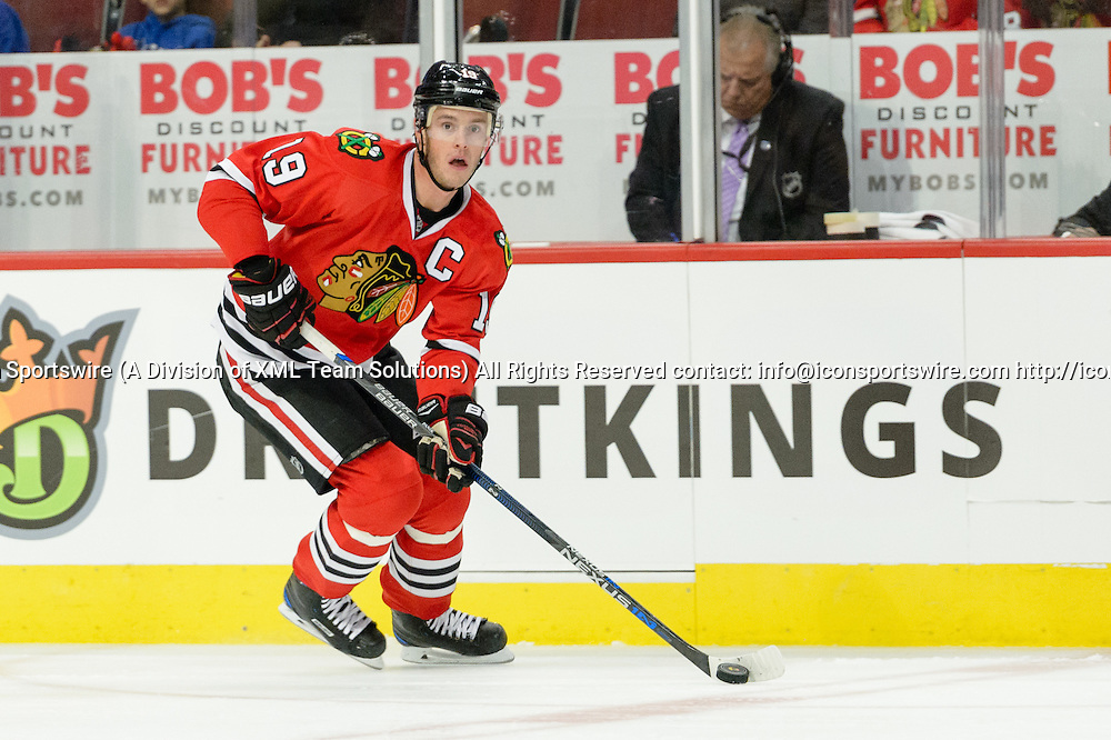 CHICAGO, IL - OCTOBER 30: Chicago Blackhawks Center Jonathan Toews (19) skates with the puck in the 1st period during an NHL hockey game between the Los Angeles Kings and the Chicago Blackhawks on October 30, 2016, at the United Center in Chicago, IL. (Photo By Daniel Bartel/Icon Sportswire)