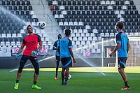 ALKMAAR - 24-08-2016, training AZ, AFAS Stadion, AZ keeper Sergio Rochet, AZ speler Stijn Wuytens
