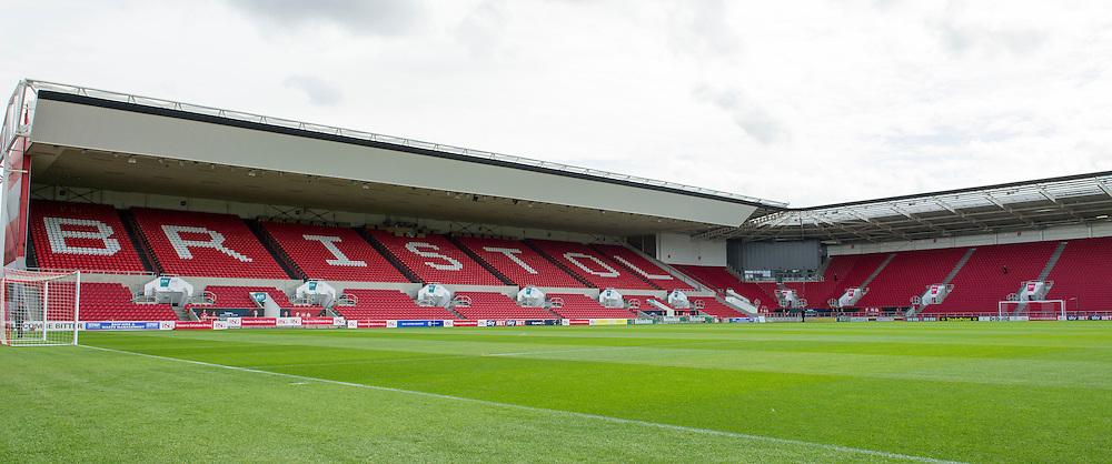 - Mandatory by-line: Paul Knight/JMP - Mobile: 07966 386802 - 29/08/2015 -  FOOTBALL - Ashton Gate Stadium - Bristol, England -  Bristol City v Burnley - Sky Bet Championship