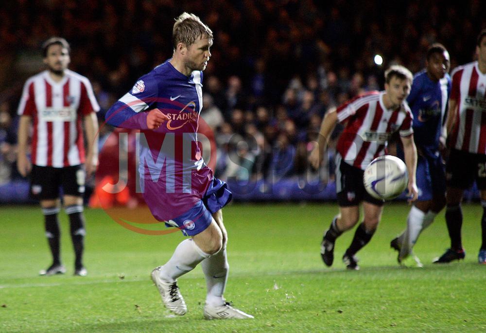 Peterborough United's Grant McCann scores a penalty - Photo mandatory by-line: Joe Dent/JMP - Tel: Mobile: 07966 386802 08/10/2013 - SPORT - FOOTBALL - London Road Stadium - Peterborough - Peterborough United V Brentford - Johnstone's Paint Trophy