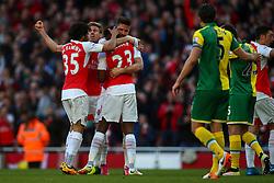 Goal, Danny Welbeck of Arsenal score, Arsenal 1-0 Norwich City - Mandatory byline: Jason Brown/JMP - 07966386802 - 30/04/2016 - FOOTBALL - Emirates Stadium - London, England - Arsenal v Norwich City - Barclays Premier League