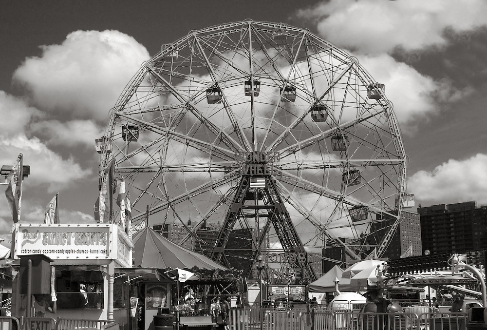 """A good view of the famous """"Wonder Wheel"""" on a late May afternoon."""