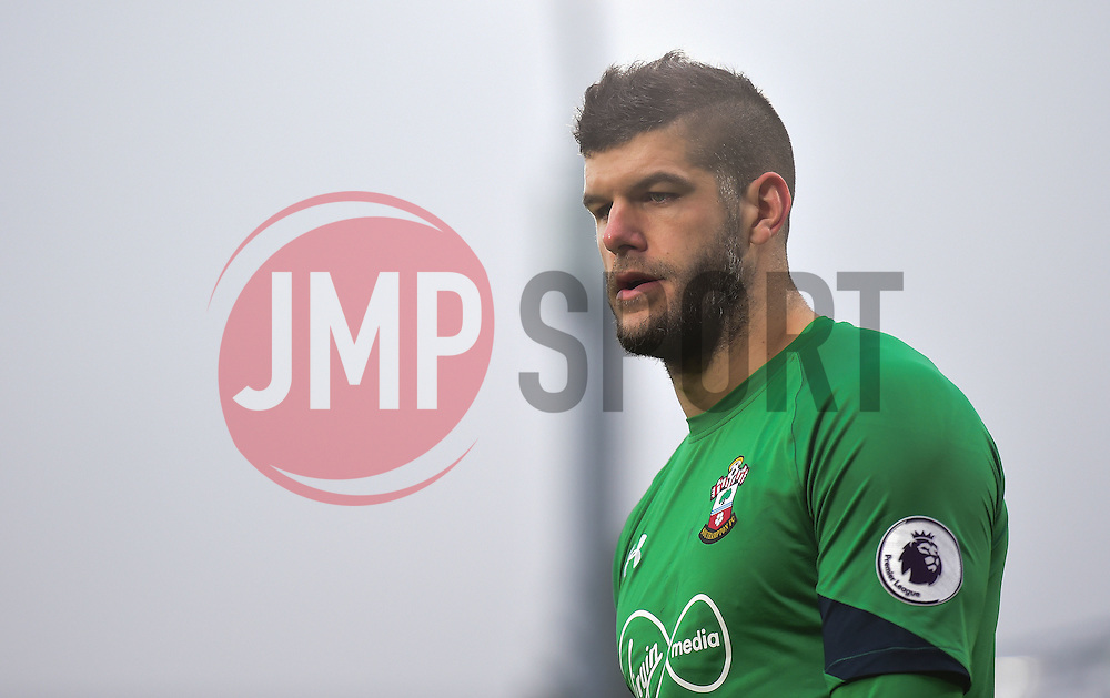Fraser Forster of Southampton - Mandatory by-line: Alex James/JMP - 18/12/2016 - FOOTBALL - Vitality Stadium - Bournemouth, England - Bournemouth v Southampton - Premier League