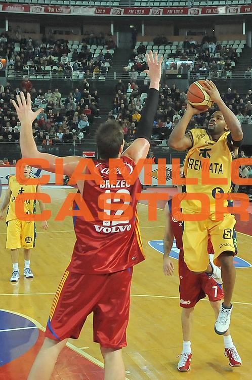 DESCRIZIONE : Roma Lega A1 2008-09 Lottomatica Virtus Roma Premiata Montegranaro<br /> GIOCATORE : Ricky Minard<br /> SQUADRA : Premiata Montegranaro<br /> EVENTO : Campionato Lega A1 2008-2009 <br /> GARA : Lottomatica Virtus Roma Premiata Montegranaro<br /> DATA : 28/12/2008 <br /> CATEGORIA : Tiro<br /> SPORT : Pallacanestro <br /> AUTORE : Agenzia Ciamillo-Castoria/E.Grillotti