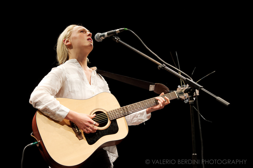Laura Marling at the Cambridge Corn Exchange on 27th of September 2013