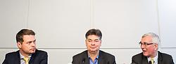18.12.2014, Presseclub Concordia, Wien, AUT, Gemeinsame Pressekonferenz von den Oppositionsparteien FPÖ, Grüne und Neos zur Einbringung einer Verfassungsklage gegen die Hypo Sondergesetze. im Bild v.l.n.r. Nationalratsabgeordneter NEOS Rainer Hable, Stv. Klubobmann und Budgetsprecher der Gruenen Werner Kogler und Nationalratsabgeordneter FPÖ Elmar Podgorschek // f.l.t.r. Member of Parliament NEOS Rainer Hable, Assistant-leader and budgetary speaksman of the greens Werner Kogler and Member of Parliament FPOe Elmar Podgorschek during press conference of the opposition partys about constitutional challange against Hypo Alpe Adria bank act at press club concordia in Vienna, Austria on 2014/12/18. EXPA Pictures © 2014, PhotoCredit: EXPA/ Michael Gruber