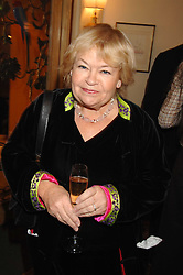 SANDY CHALMERS at a tribute lunch for Elaine Paige hosted by the Lady Taverners at The Dorchester, Park Lane, London on 13th November 2007.<br /><br />NON EXCLUSIVE - WORLD RIGHTS