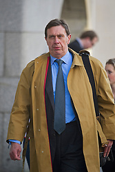 © London News Pictures. 13/11/2013. London, UK. Former News of the World royal correspondent CLIVE GOODMAN arriving at The Old Bailey in London where he is currently facing trial over allegations of  phone hacking and and payments to officials at News International. Photo credit: Ben Cawthra/LNP