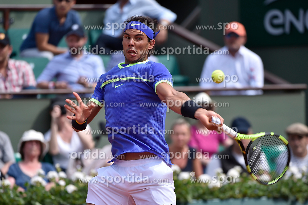 31.05.2017, Roland Garros, Paris, FRA, ATP Tour, French Open, im Bild Rafael Nadal (ESP) // during the French Open Tournament of the ATP Tour at the Roland Garros in Paris, France on 2017/05/31. EXPA Pictures © 2017, PhotoCredit: EXPA/ Vianney Thibaut