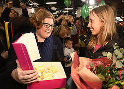 January 27, 2018 - Bruxelles, BELGIQUE - BRUSSELS, BELGIUM - JANUARY 27:  Belgian tennis player Elise Mertens and fans (semi finalist at the Australia Open) pictured during her come back in Brussels Airport Belgium on january 27, 2018 in Brussels, Belgium, 27/01/2018 (Credit Image: © Panoramic via ZUMA Press)