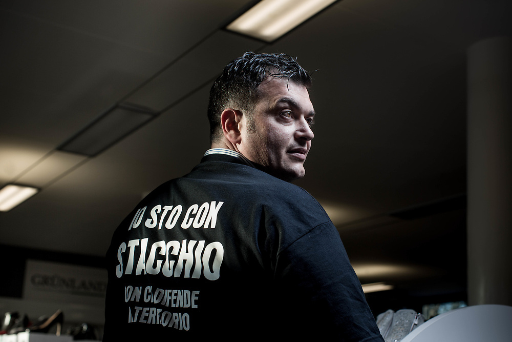 Joe Formaggio, 38 years old, mayor of Albettone (a village next to Ponte di Nanto), wearing the shirt that supports Graziano Stacchio, the gas station owner who killed a criminal during an robbery attempt at Zancan jewelery in the Vicenza province.