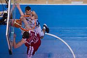 Arturas Gudaitis, Ojars Silins<br /> EA7 Emporio Armani Olimpia Milano - Dolomiti Energia Aquila Basket Trento<br /> LegaBasket Serie A 2017/2018<br /> Desio, 17/03/2018<br /> Foto M.Ceretti / Ciamillo-Castoria