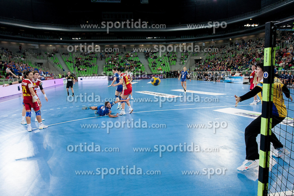 Andrea Penezic of Krim Mercator vs Luminita Dinu during handball match between RK Krim Mercator and CS Oltchim RM Valcea (ROU) of Women's EHF Champions League 2011/2012, on February 4, 2012 in Arena Stozice, Ljubljana, Slovenia. Valcea defeated Krim 31-25. (Photo By Vid Ponikvar / Sportida.com)
