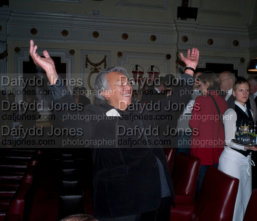 DAVID TANG; , David Tang and Nick Broomfield host  a reception and screening of Ghosts. On the Fifth anniversary of the Morecambe Bay Tragedy to  benefit the Morecambe Bay Children's Fund. The Electric Cinema. Portobello Rd. London W11. 5 February 2009 *** Local Caption *** -DO NOT ARCHIVE -Copyright Photograph by Dafydd Jones. 248 Clapham Rd. London SW9 0PZ. Tel 0207 820 0771. www.dafjones.com<br /> DAVID TANG; , David Tang and Nick Broomfield host  a reception and screening of Ghosts. On the Fifth anniversary of the Morecambe Bay Tragedy to  benefit the Morecambe Bay Children's Fund. The Electric Cinema. Portobello Rd. London W11. 5 February 2009