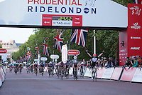 Jake Stewart crosses the line to win The Youth Boys Grand Prix during The Prudential RideLondon Sunday 2nd August 2015. <br /> <br /> Prudential RideLondon is the world's greatest festival of cycling, involving 95,000+ cyclists – from Olympic champions to a free family fun ride - riding in five events over closed roads in London and Surrey over the weekend of 1st and 2nd August 2015. <br /> <br /> Photo: Paul Gregory<br /> <br /> See www.PrudentialRideLondon.co.uk for more.<br /> <br /> For further information: Penny Dain 07799 170433<br /> pennyd@ridelondon.co.uk