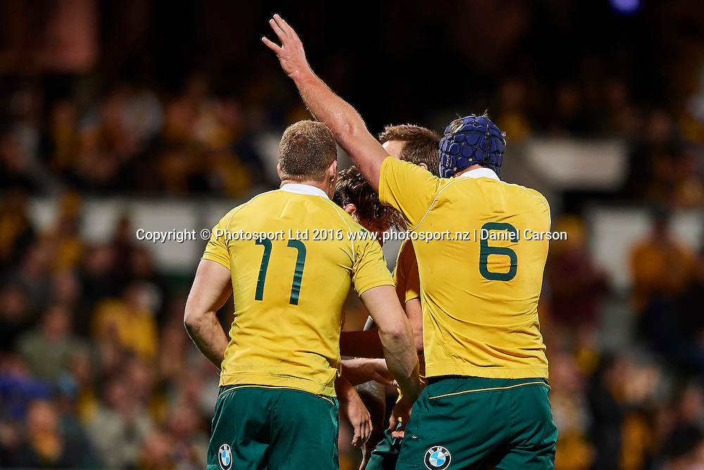 The Wallabies celebrate the try from Michael Hooper of the Qantas Wallabies during the Rugby Championship test match between the Australian Qantas Wallabies and Argentina's Los Pumas from NIB Stadium - Saturday 17th September 2016 in Perth, Australia. © Copyright Photo by Daniel Carson / www.photosport.nz)