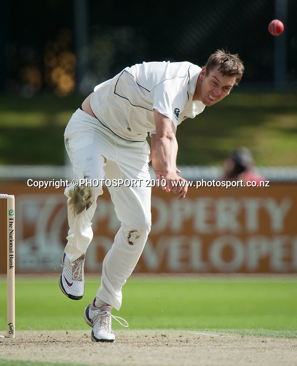 Brent Arnel bowls during day one of the 2nd cricket test match between NZ Black Caps and Australia, at Seddon Park, Hamilton, 27 March 2010. Photo: Stephen Barker/PHOTOSPORT