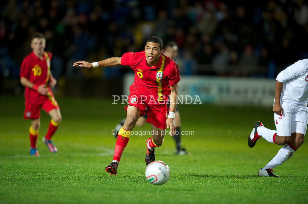 PORT TALBOT, WALES - Thursday, November 1, 2012: Wales' Alex Penny in action against England during the Under-16's Victory Shield match at Victoria Road. (Pic by David Rawcliffe/Propaganda)