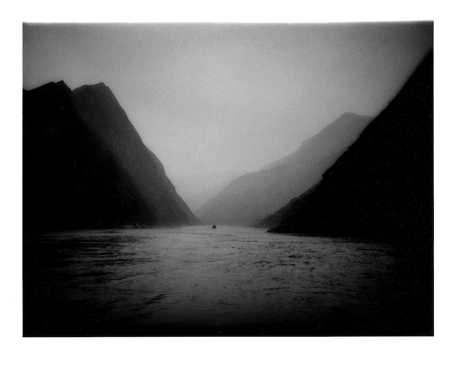 Wuxia (Witch's) Gorge, Three Gorges, Yangtze River, China. 1997
