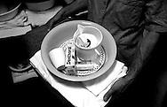 Roma Giugno 2000.Carcere di Rebibbia N.C..Il materiale che viene dato ad un nuovo detenuto...Rome June 2000.Prison Rebibbia N.C..The material is given a new prisoner.