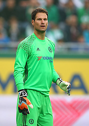 16.07.2016, Allianz Stadion, Wien, AUT, Testspiel, SK Rapid Wien vs Chelsea FC, im Bild Asmir Begovic (Chelsea FC) // during a Austrian Bundesliga Football test match between SK Rapid Vienna and Chelsea FC at the Allianz Stadion, Wien, Austria on 2016/07/16. EXPA Pictures © 2016, PhotoCredit: EXPA/ Thomas Haumer