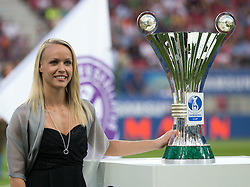 03.06.2015, Woerthersee Stadion, Klagenfurt, AUT, OeFB Samsung Cup, FK Austria Wien vs FC Red Bull Salzburg, Finale, im Bild Jasmin Ouschan (Samsung Cup Botschafterin) // during the mens OeFB Samsung Cup final match between FK Austria Wien and FC Red Bull Salzburg at the Woerthersee Stadium, Klagenfurt, Austria on 2015/06/03. EXPA Pictures © 2015, PhotoCredit: EXPA/ Johann Groder