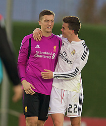 MADRID, SPAIN - Tuesday, November 4, 2014: Liverpool's goalkeeper Ryan Fulton and Real Madrid CF's Jack Harper during the UEFA Youth League Group B match at Ciudad Real Madrid. (Pic by David Rawcliffe/Propaganda)