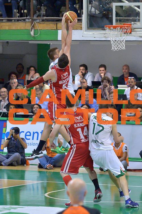 DESCRIZIONE : Milano Lega A 2013-14 Montepaschi Siena  vs EA7 Emporio Armani Milano playoff Finale gara 6<br /> GIOCATORE : Alessandro Gentile<br /> CATEGORIA : Stoppata<br /> SQUADRA : EA7 Emporio Armani Milano<br /> EVENTO : Finale gara 6 playoff<br /> GARA : Montepaschi Siena  vs EA7 Emporio Armani Milano playoff Finale gara 6<br /> DATA : 25/06/2014<br /> SPORT : Pallacanestro <br /> AUTORE : Agenzia Ciamillo-Castoria/I.Mancini<br /> Galleria : Lega Basket A 2013-2014  <br /> Fotonotizia : Milano<br /> Lega A 2013-14 Montepaschi Siena  vs EA7 Emporio Armani Milano playoff Finale gara 6 <br /> Predefinita :