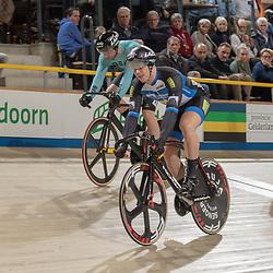 27-12-2018: Wielrennen: NK Baan: Apeldoorn<br />Mathijs Buchli plaatst zich voor de finale ten koste van Harry Lavreijssen