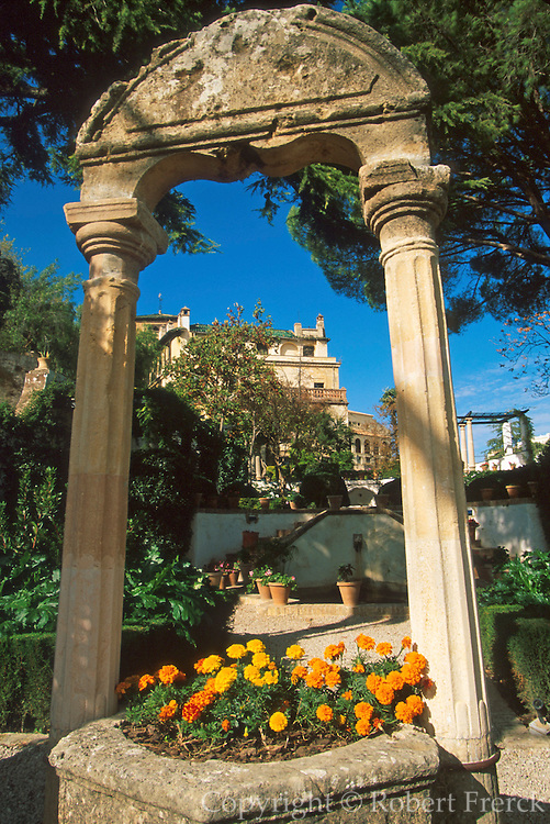 SPAIN, ANDALUSIA RONDA: beautiful 'pueblo blanco' and resort: gardens of the famous 18thc 'House of the Moorish King'