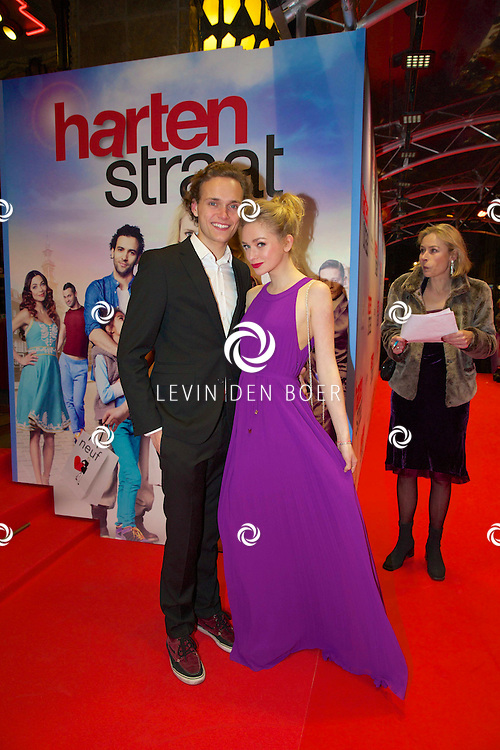 AMSTERDAM - In het Tuschinski theater is de nieuwe Nederlandse film 'Harten Straat' in premiere gegaan. Met op de rode loper   Pip Pellens met partner Pim Martens. FOTO LEVIN DEN BOER - PERSFOTO.NU